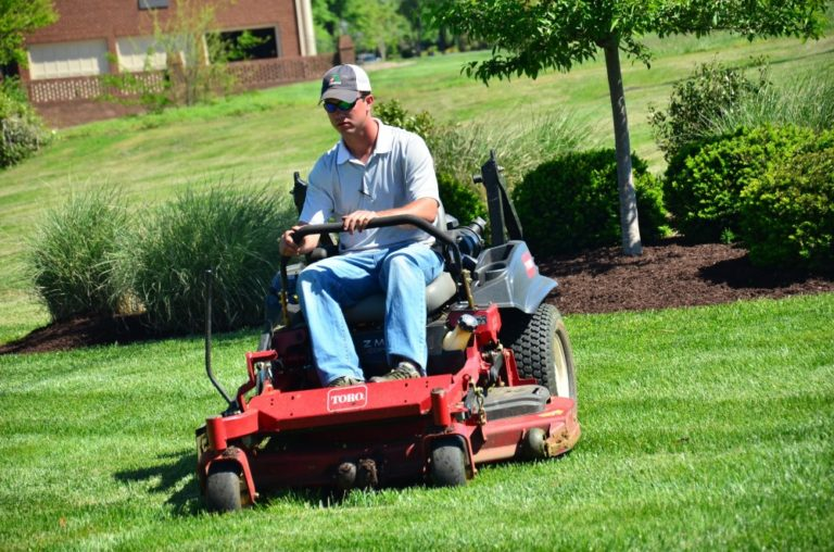 Tips for Mowing Your Lawn with a Riding Mower